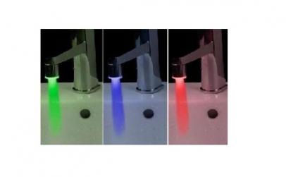 Cap de robinet cu LED colorat