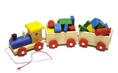 Trenulet din lemn cu forme geometrice