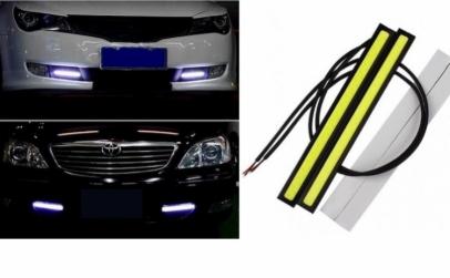 Set 2 benzi LED auto