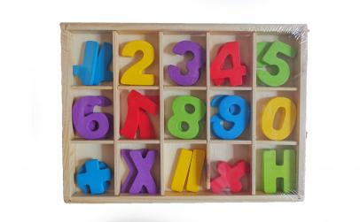 Set 30 cifre din lemn