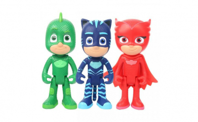 Set figurine Eroi in Pijama si masca