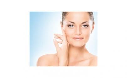 Curatare faciala si aplicare fiola