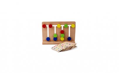 Joc de diapozitive din lemn de patru