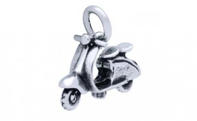 Pandantiv scuter Vespa din argint