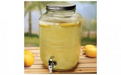 Dispenser din sticla pentru limonada