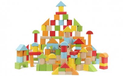 Set 100 Cuburi lemn + galetusa