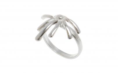 Inel din argint, model vegetal