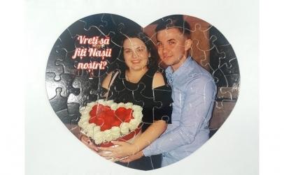 Puzzle personalizat inima cu poza ta!