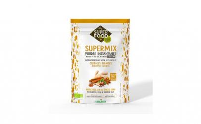 Supermix pentru micul dejun cu alune de