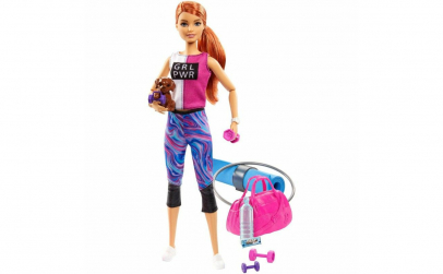 Papusa Barbie Wellness, roscata