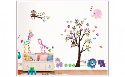 Sticker decorativ, copacel cu animalute