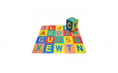 Covor puzzle cu litere