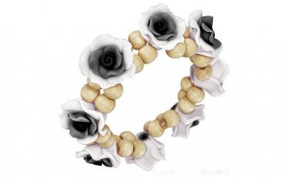 Bratara fantezie cu trandafiri alb cu