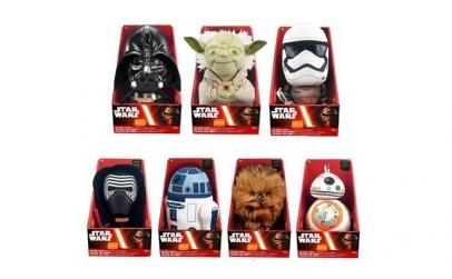 Plusuri Star Wars cu baterii incluse