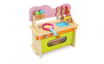 Mini bucatarie din lemn