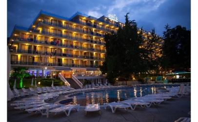 Hotel Perla 3*