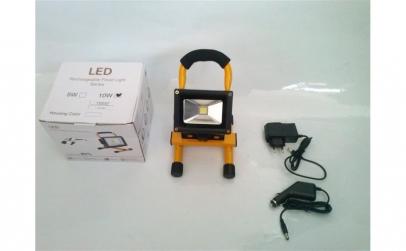 Lanterna LED cu acumulator 10W