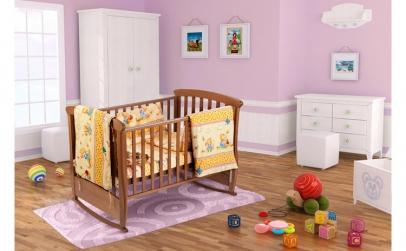 Set pentru patut bebe, cu aparatori,