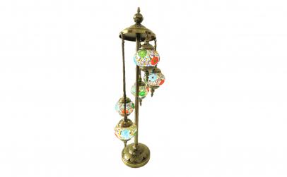 Lampadar, mozaic colorat