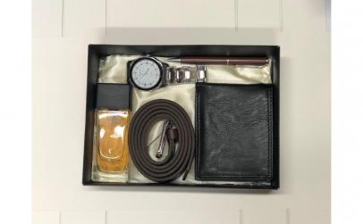 Set parfum ceas, curea, portofel