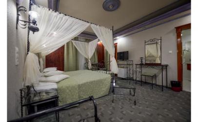Paste la Predeal Comfort Suites 4*