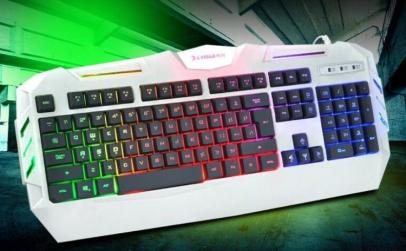 Tastatura gaming cu iluminare multicolor