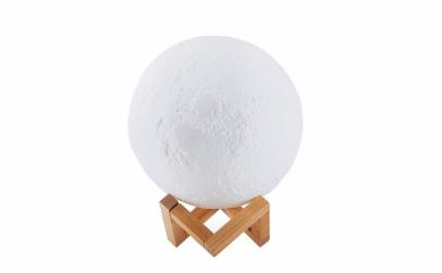 Lampa 3D luna + CADOU cutie bijuterii