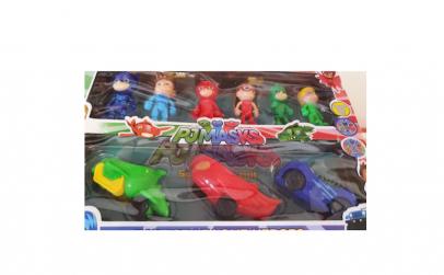 Set 6 Figurine si 3 Masinute