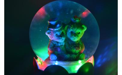 Glob luminos cu diverse figurine