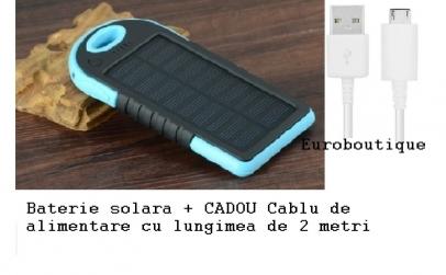 Baterie solara + cablu alimentare cadou