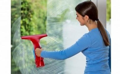 Aparat electric petru geamuri