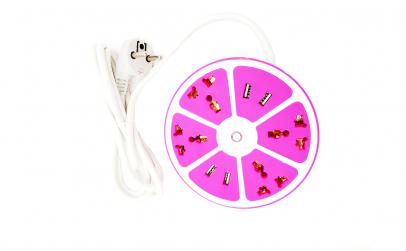 Prelungitor cu 4 prize si 4 x USB, roz