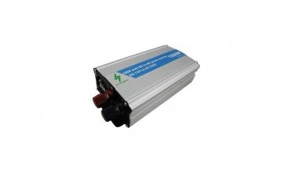 Invertor tensiune 12V-220V, putere 1000