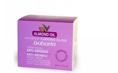 Babaria Almond  crema de fata anti-rid