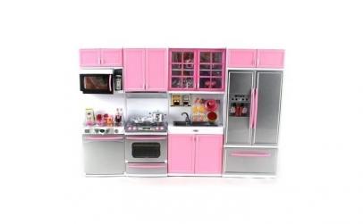Bucatarie Roz papusa + accesorii incluse