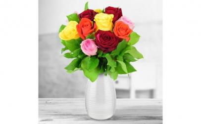 Buchet de 11 trandafiri multicolori