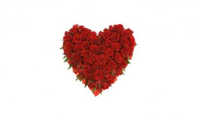 Aranjament in forma de inima cu