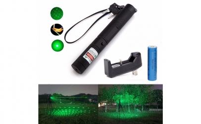 Laser puternic verde - 3D