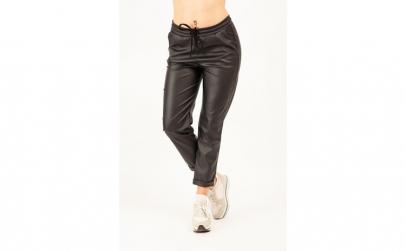 Pantaloni negri din piele ecologica gen