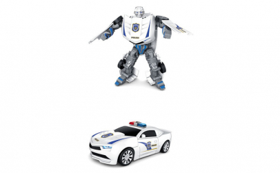 Robot transformabil in masina de politie