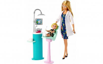 Papusa Barbie Medic Dentist cu pacient