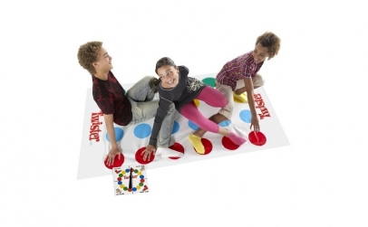Twister - Joc interactiv si distractiv