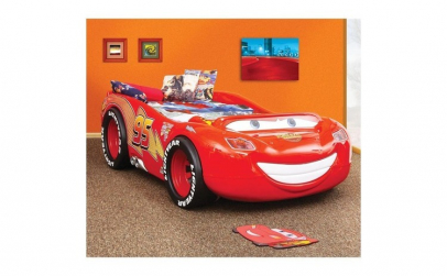 Patut in forma de masina McQueen -