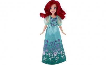 Papusa Ariel cu rochita stralucitoare