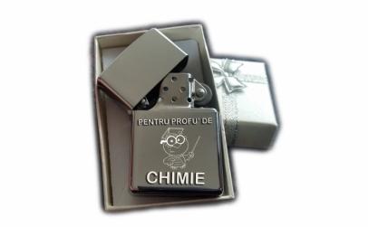 "Bricheta ""Profu' de Chimie"" + Cadou"