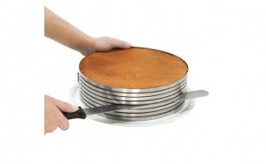Feliator din inox pentru blatul de tort, reglabil 24cm-30cm, la doar 59 RON in loc de 120 RON
