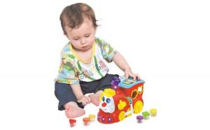 Jucarie pentru bebelusi - tren educativ