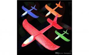 Avion planor cu led