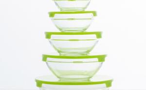 Set 5 boluri de sticla cu capac