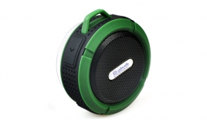 Speaker portabil Waterproof Bluetooth Verde, la 94 RON in loc de 150 RON